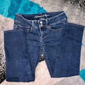 America Eagle stretch jeans.